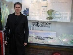 Ian@Bigelow's, NYC 2008